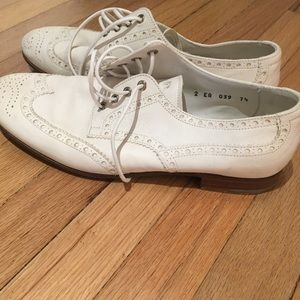 Derby's shoes white leather